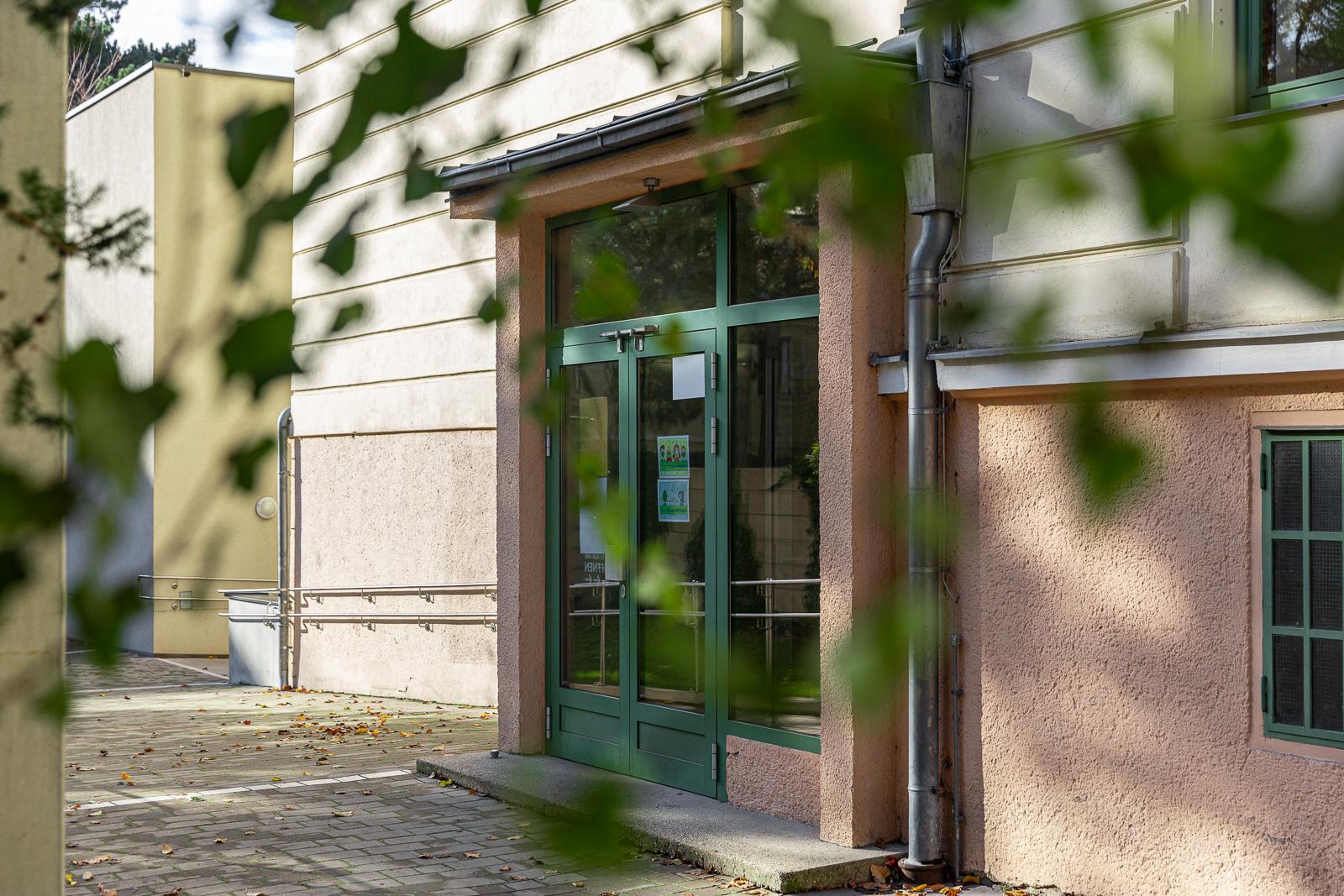 Eingang_VSAmPlatz